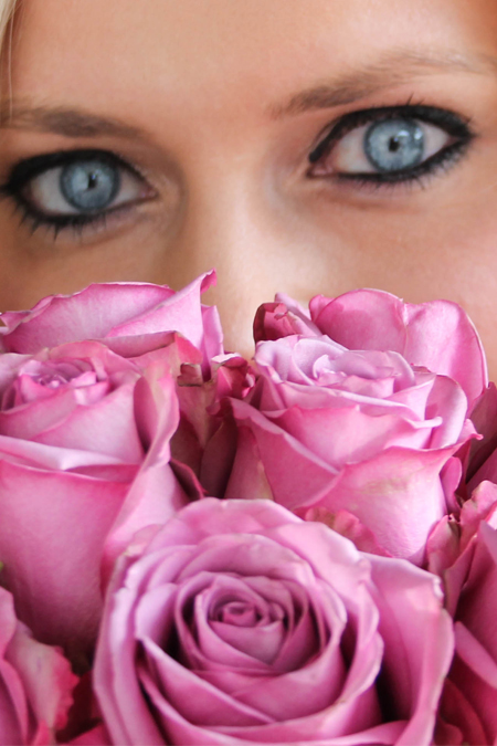 pink roses blue eyes