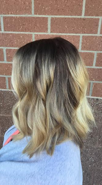 rooty-blonde-highlights